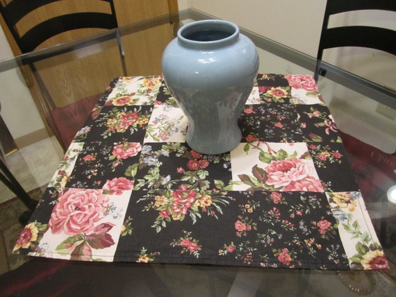"CLEARANCE - Vintage Country Cottage Chic Floral Table Topper - 21"" x 21"" Square - Pink Black White Floral Patchwork"