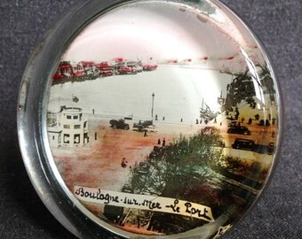 Souvenir from France, Boulogne-sur-Mer. Vintage French resort paper weight.