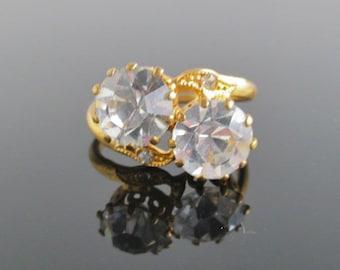 Vintage Gold Tone & CZ / Rhinestone Ring - Adjustable Size