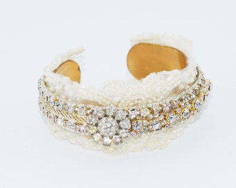 Bridal Cuff, Wedding Cuff, Bridal Jewelry, Statment Bracelet, Crystal Bracelet, Bridal Accessories