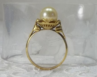 Mid Century 14K Yellow Gold 7.8 mm Pearl Ring Alternate Engagement Size 6.25
