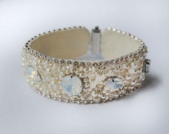Wedding Bracelet, Crystal Opal Bridal Cuff, Pearl Bridal Bracelet, Crystal Opal Bracelet, Swarovski Opal Cuff Bracelet