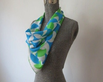60s Geometric Op Art Green, Turquoise & White Square Scarf