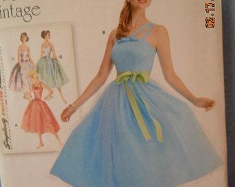 Simplicity  1194 plus 1950s vintage