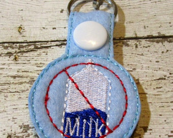 No Milk Key Chain, Zipper Pull, Allergy Warning, Milk Allergy, Backpack Pull, Felt Allergy Key Chain, Kids No Milk Allergy Pull