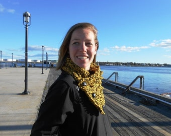 Fisherman's wife Crochet Cowl by kams-store.com Now in college and football team colors!