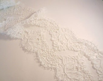 Silk White Rose Pattern French Alencon Lace Trim--One Yard