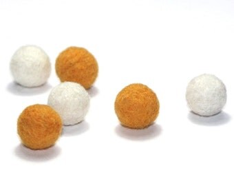 Needle Felted Balls: Set of 6 in gold and white
