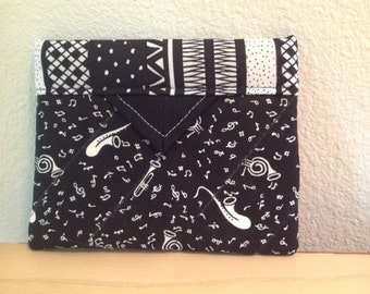 Black and White Musical Quilted Fabric Mini Snap Bag Purse Pouch