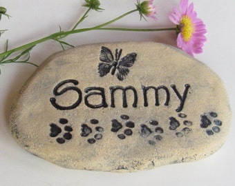 "Personalized Pet Memorial stone. Small Grave marker, Custom made memorial for pets. Engraved BRICK. 7"" wide. Cat / dog. Artistic decorations"