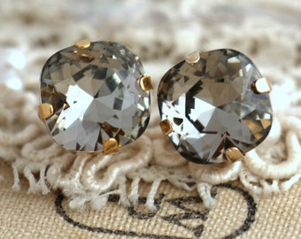 Gray Earrings Black Diamond earrings Dark gray crystal earrings Silver earrings, Swarovski Crytsal studs, Bridesmaids earrings,Silver studs