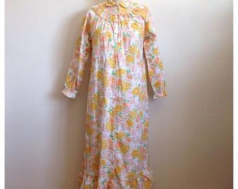Vintage 1970s cotton nightgown