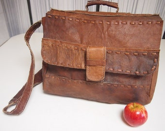 Vintage 1990s brown leather satchel