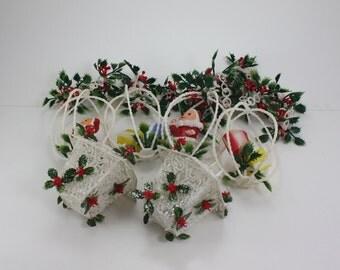 Vintage Plastic Garland White Filigree Lanterns Santas Presents Packages Holly
