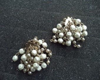 CLEARANCE Vintage 50's Faux Fresh Water Pearl Cluster Wired Bead Chandelier Clip On Earrings