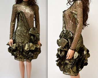 Metallic Vintage Party Dress Size XS Small// 80s Black and Gold Vintage Lace Illusion Dress// Vintage 80s Metallic Gold Prom Dress Small