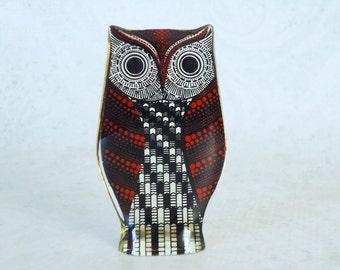 Vintage Red Lucite Owl Figurine  /  MCM Lucite Palatnik Red Optic Owl Figurine / Pop Art Hippie Acrylic Red Owl