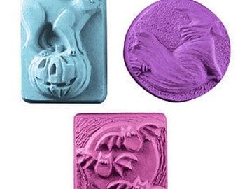 Halloween Soap Set, 3 Bar Set, Pumpkin Cat Bats Scary Witch, Fall Autumn Spooky Soap, Novelty Soap - U Pick Scent & Color