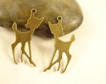 40 Bulk Deer Charm Pendant Antiqued Bronze 38x25mm B1202