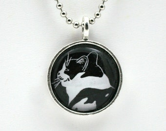 Smiling cat profile pendant, black and white kitty, pussy cat jewelry, gift for cat lover, crazy cat lady, chat gato, wearable art, cameo