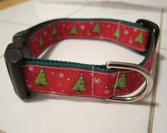 Christmas Tree Red and Green Holiday Snowflake Adjustable Dog Collar