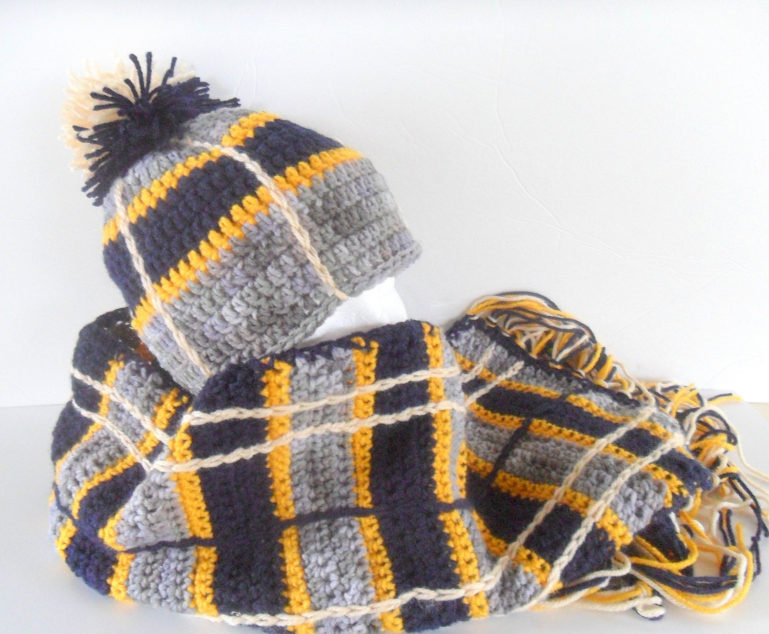 grey gold and navy plaid hat scarf plaid pom pom beanie. Black Bedroom Furniture Sets. Home Design Ideas