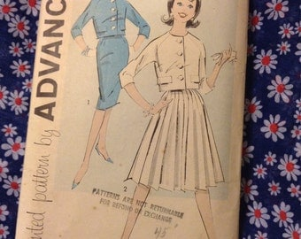 "Vintage Advance 9311 Skirt Suit Sewing Pattern 31 1/2"" Bust"