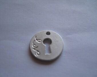 1 Matte Silver Circle Keyhole Charm