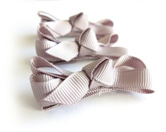 Dove Gray Gross Grain Bow Hair Clip