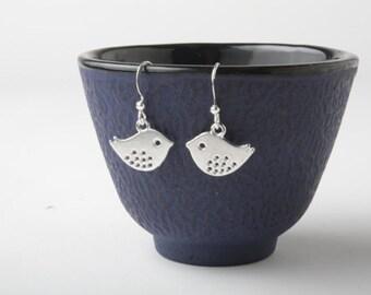 silver bird earrings - birds dangles - sparrow earrings - bird jewelry - silver sparrows - silver bird dangles