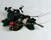 Vintage Black and Green Velvet Millinery Leaves - Leaf Clusters