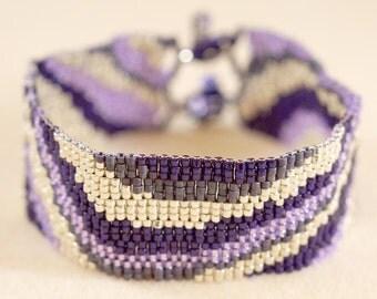 Purple waves bracelet