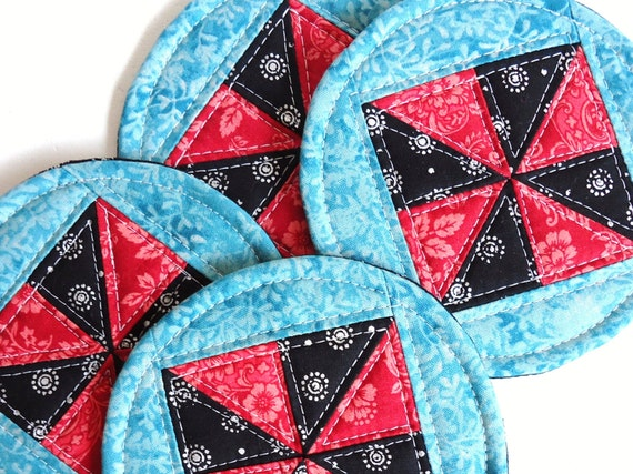 Quilted Mug Rugs Round Colorful Coasters Pinwheel Red by JCstars
