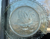 Pairpoint glass company cup plate, Green Briar swan 1980