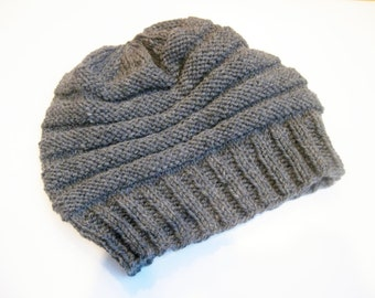 Wool slouch hat grey hand knitted