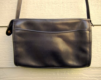 Vintage 70s Faux Leather Navy Simple Cross-Body Bag