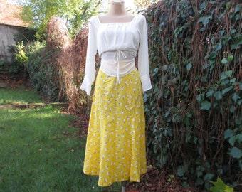 Cotton Skirt Vintage / Yellow / White / Black / Summer Skirt / Size EUR34 / UK6