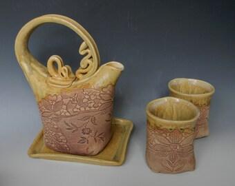 Antique Lace-Impressed 2-Cup Ceramic Teaset