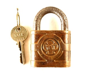 Vintage Yale and Towne Padlock with Trefoil Logo and Original Yale Key (c.1950s) - Collectible, Cabin or Home Decor, Altered Art Supply
