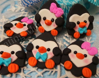12 Fondant PENGUINS Cupcake Topper.  Vanilla Fondant toppers. Great for cookies, cupcakes or cakes. Winter Cupcake Toppers