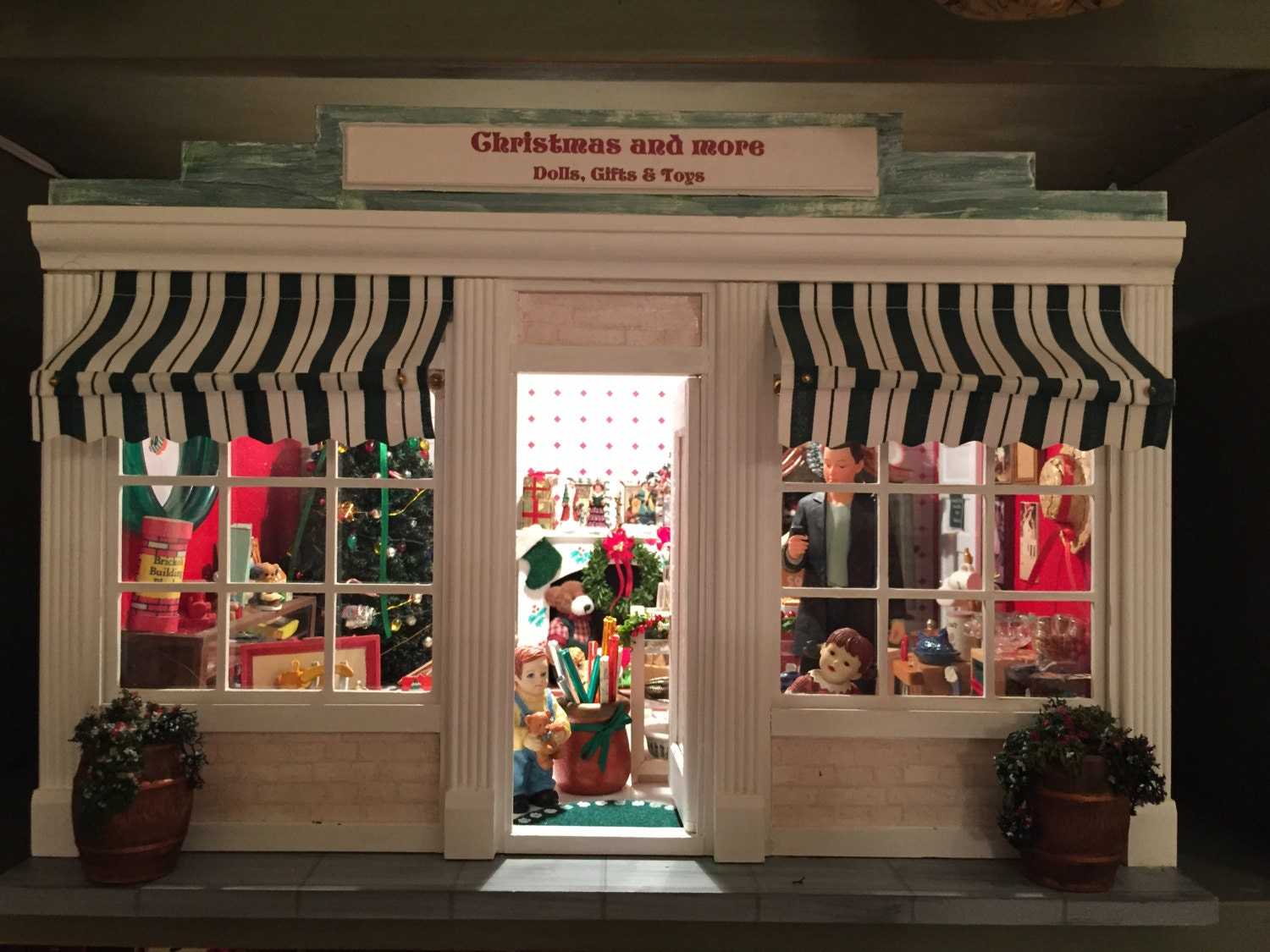 a miniature christmas shop collectable room box diorama. Black Bedroom Furniture Sets. Home Design Ideas