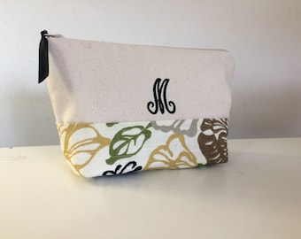 NEW Personalized Zipper Pouch Cosmetic Bag Monogrammed