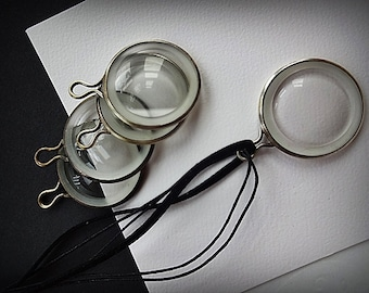 Test Lens, Antique Optician Test Lenses, 5 Solid Brass Framed Lenses,  Optical Necklace Pendants, Steampunk, Jewelry Supply, Ophtholmology