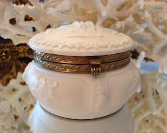 Vintage Chalk Porcelain Trinket Box, Feminine and Pretty, Cherub Accents and Gold Hinged