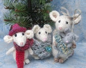 Christmas Knitted Mouse Family Pattern