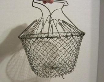Vintage Metal WireEgg Basket,  Mesh Wire Metal Egg Basket, Collapsible Basket, Fruit Basket, Hanging French Country Farmhouse