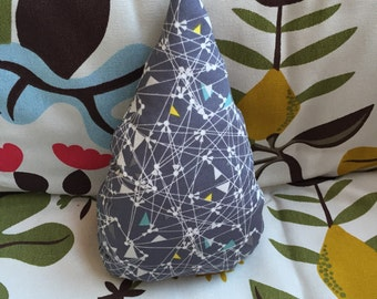 Raindrop cushion // Geometric // 100% Cotton // Nursery, Bedroom, Office // Ready to ship