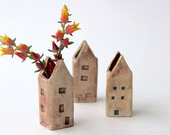 Little House Vase - Rustic Garden Cottage - Makeup Brush Holder - READY TO SHIP