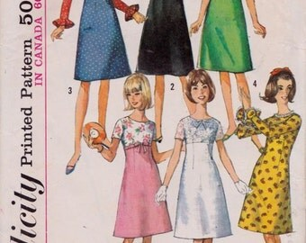Simplicity 6260 Sub-Teens' One-Piece Dress with Detachable Collar Pattern, UNCUT, Size 10S, Vintage, 1965, Dress, Party Dress, Wedding