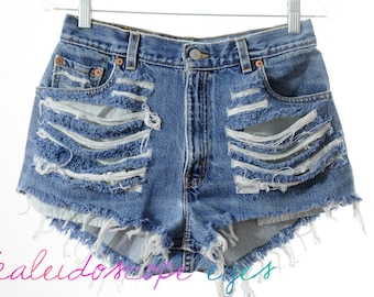 Vintage Levis DESTROYED High Waist TRASHED Blue Denim Cut Off Shorts M
